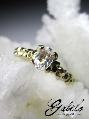 Made to order: Rock Crystal Gold Ring with gem report MSU