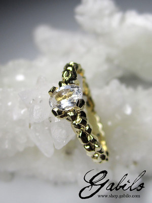 Rock Crystal Gold Ring with gem report MSU